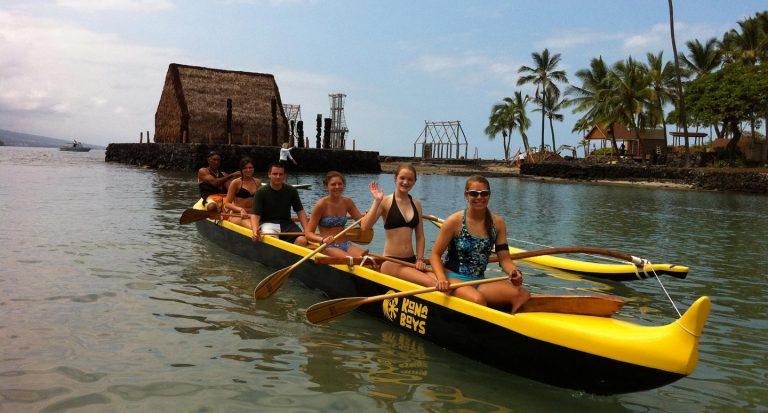 kamakahonu-canoe-ride